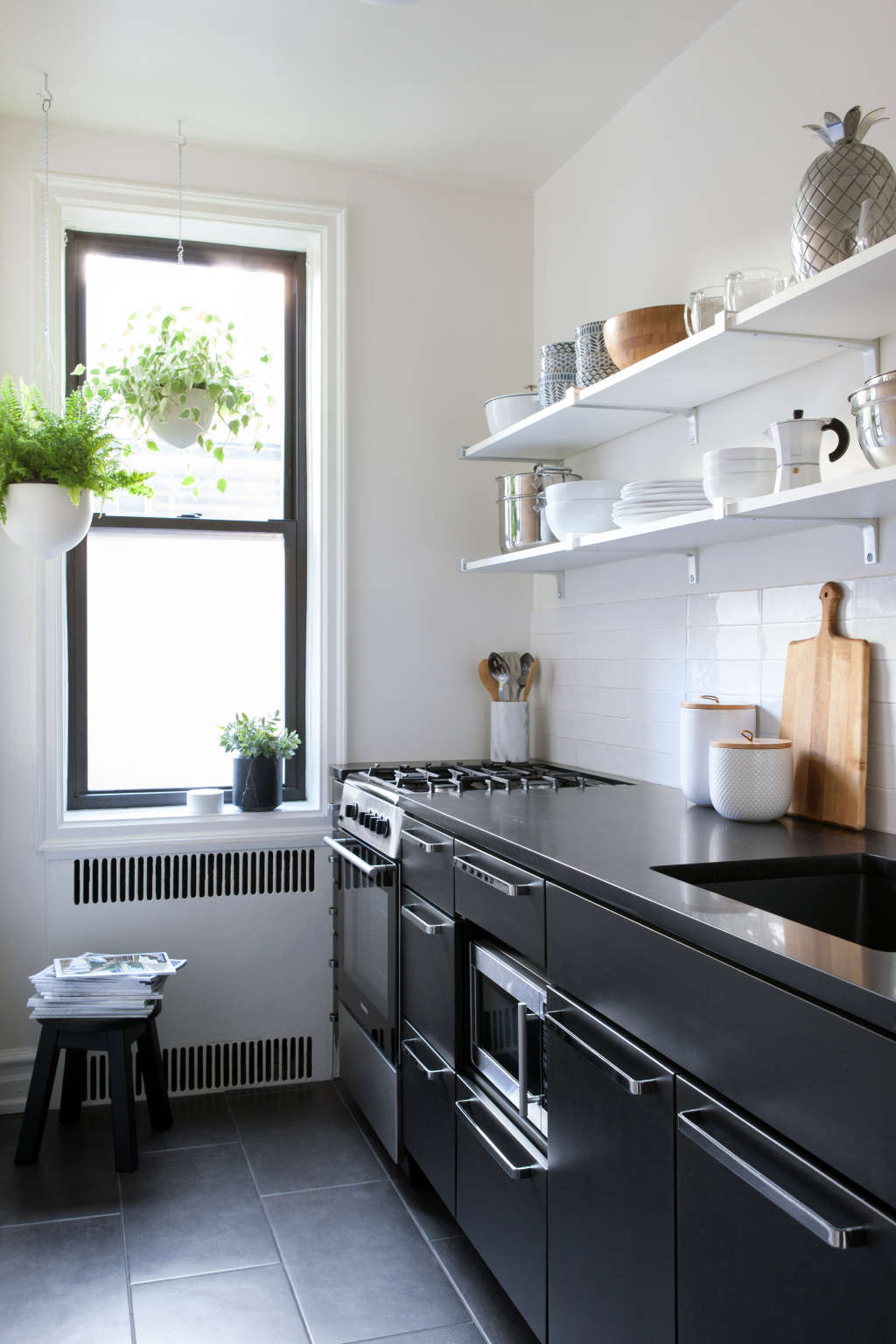 6 Things That Make Your Kitchen Look Messier than It Is