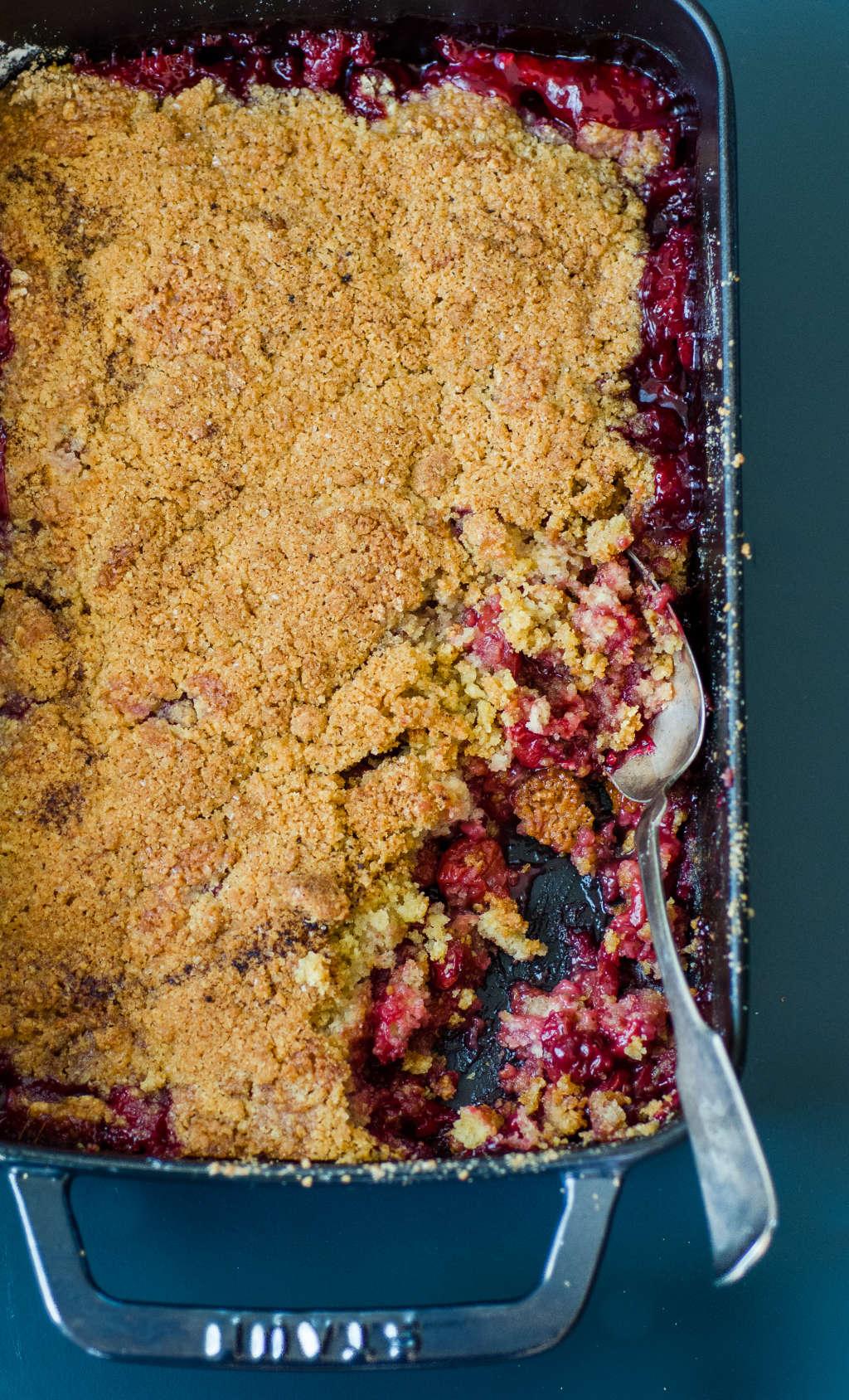 Recipe: Tart Cherry Crumble