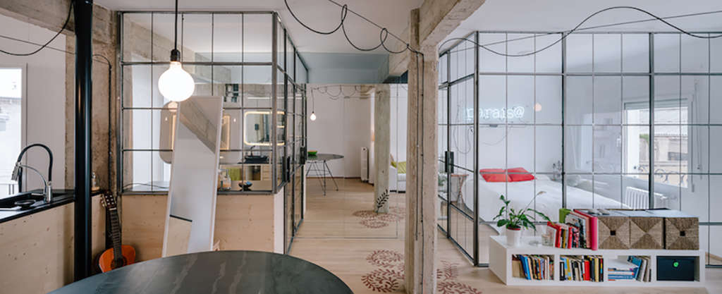 Smoke & Mirrors: How a Small Apartment Doubles Its Visual Space