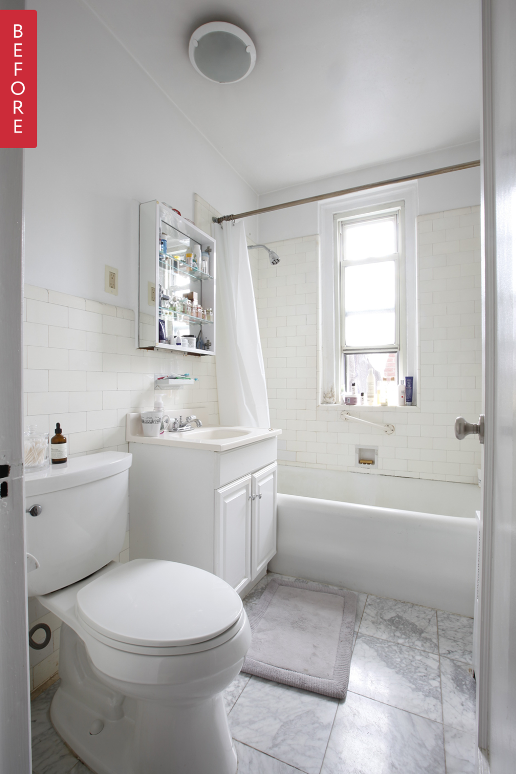 Before & After: A Fresh New Look for an Aging Bathroom