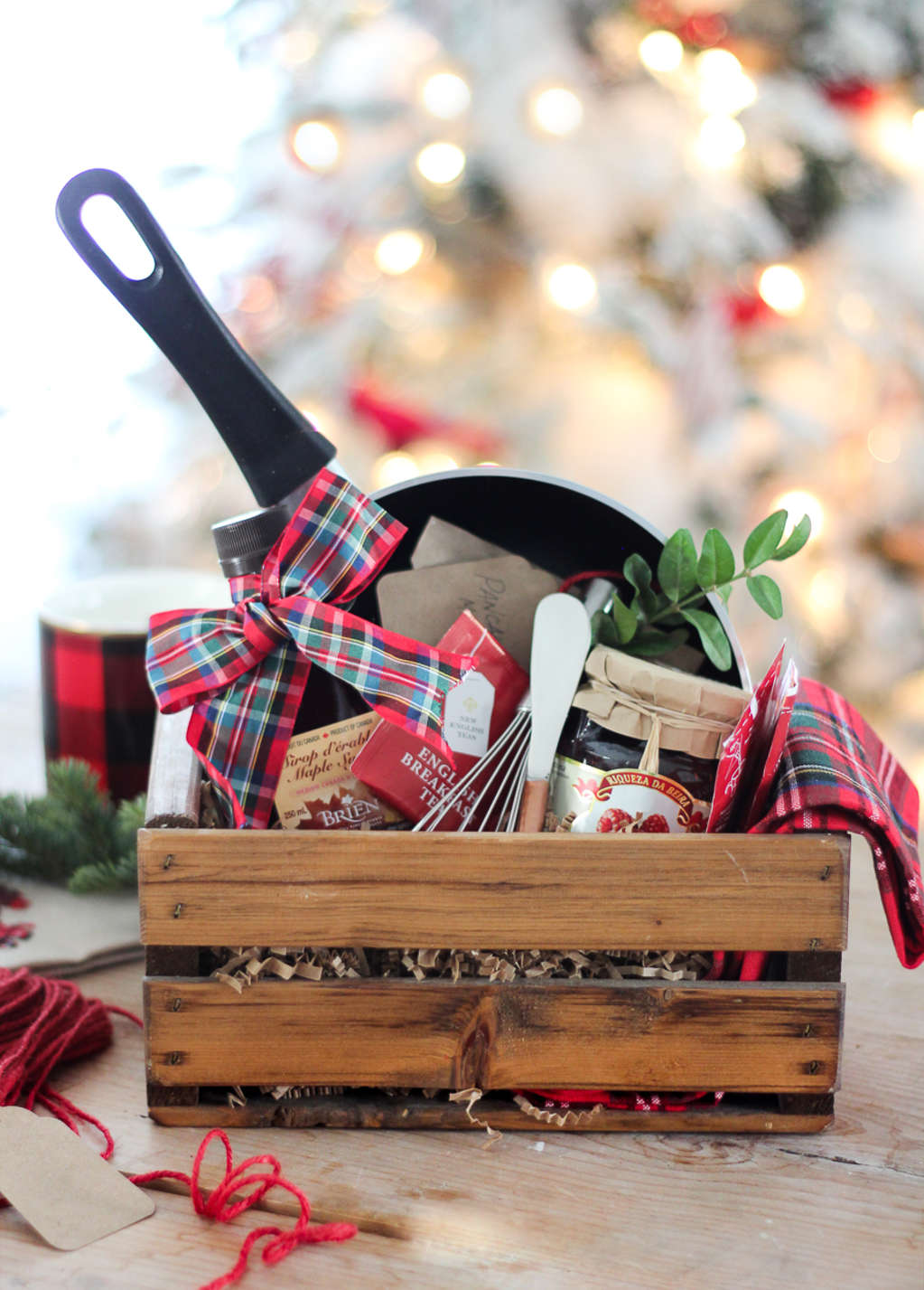 How To Make The Perfect Gift Basket | Apartment Therapy