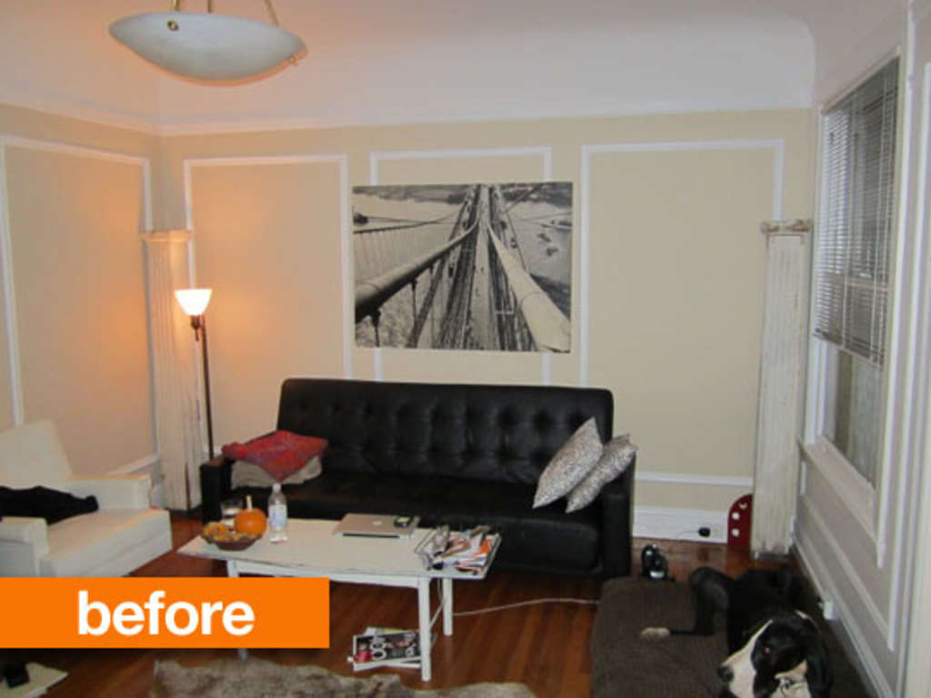 A Rental Gets Color in the Living Room Without Painting