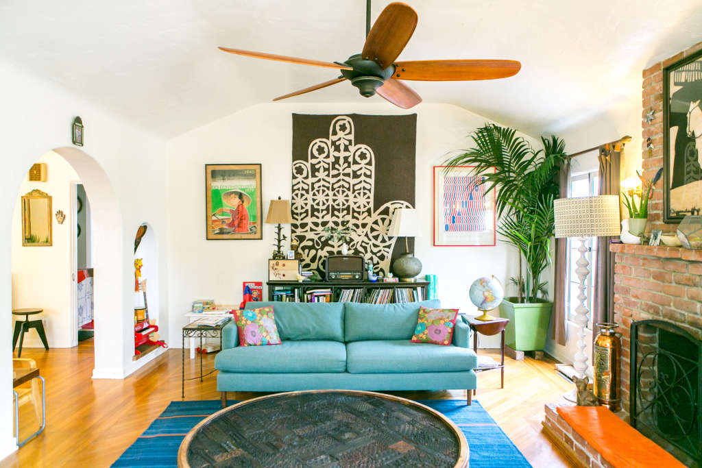 360 House Tour: Walk Around in a Sunny Venice Beach Cottage