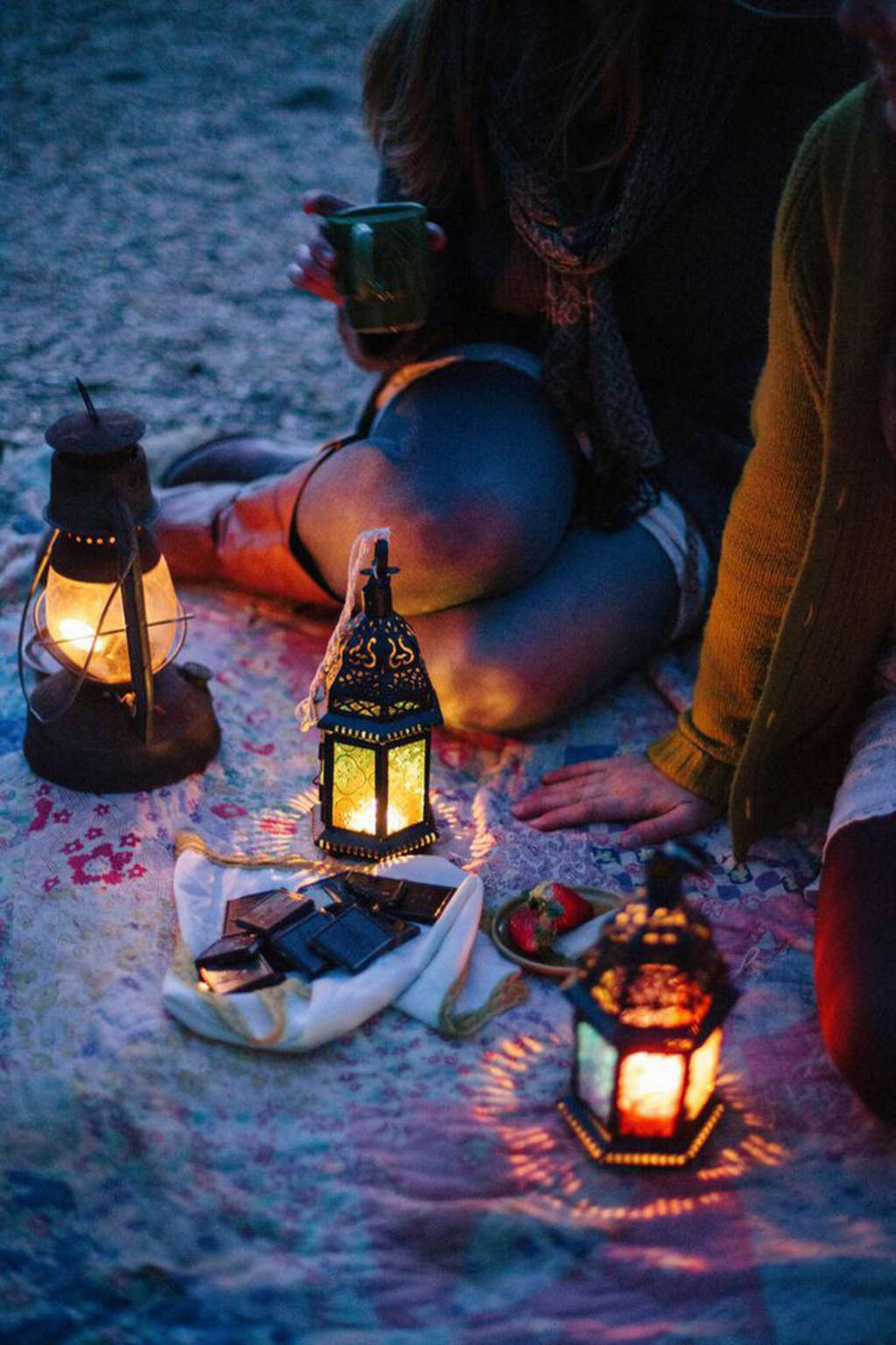 4 Picnic Ideas: From Day Drunk to After Dark