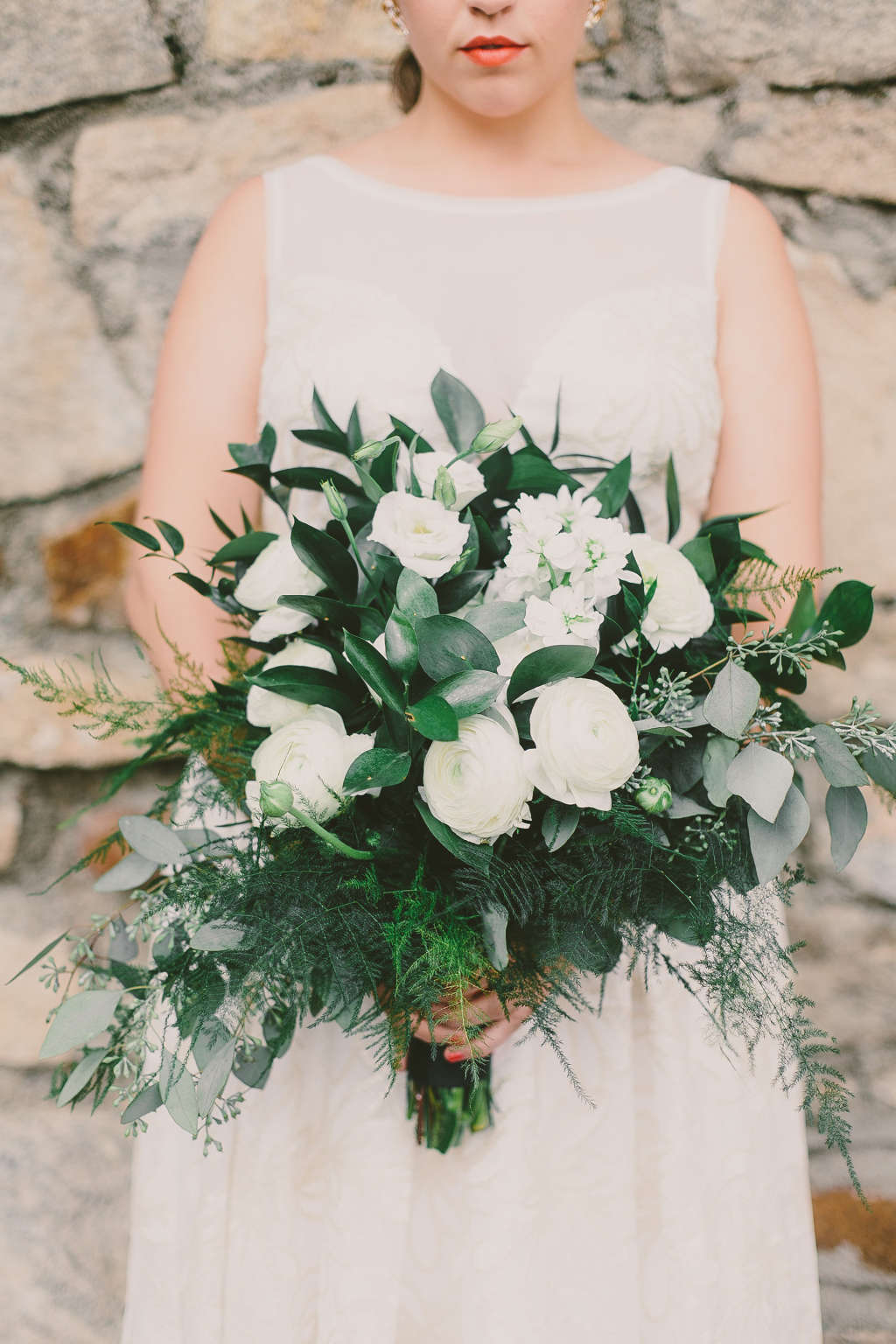How To Diy Your Wedding Flowers Without A Meltdown Apartment Therapy
