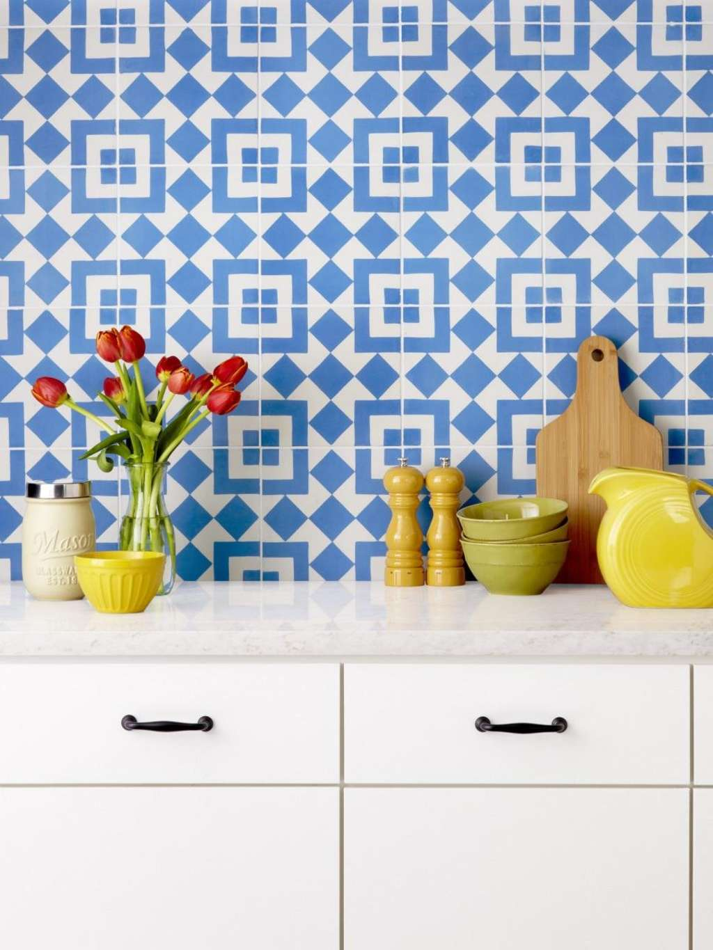 10 Beautiful Encaustic Tile Backsplashes | Kitchn