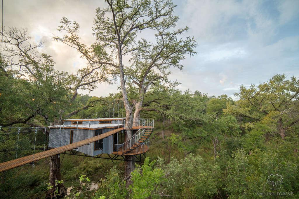 Peek Inside This 500 SF Treehouse Outside Austin