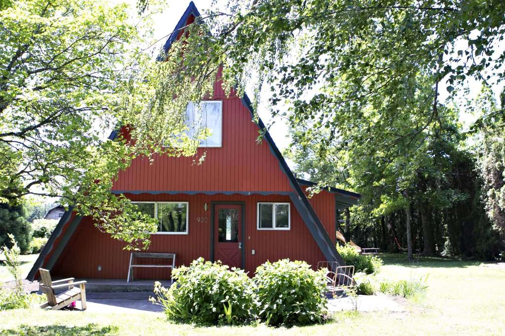 This Adorable Red A-Frame Cabin Is Even Cuter on the Inside