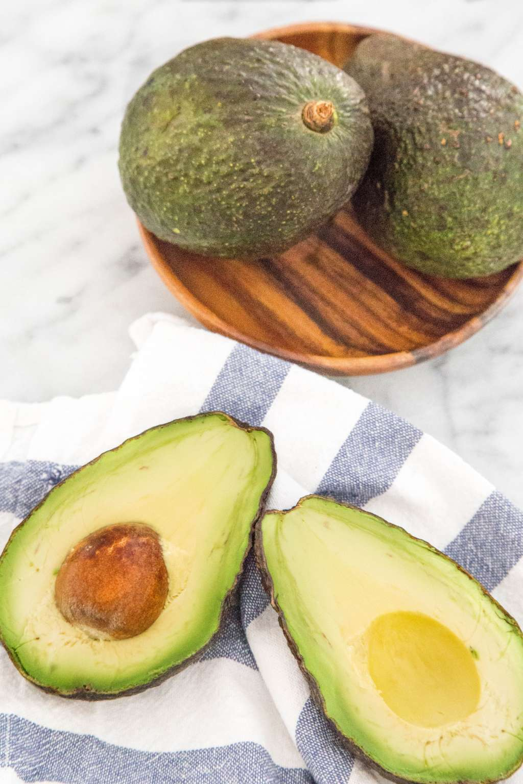 Watch 7 Secrets for Buying the Perfect Avocado video
