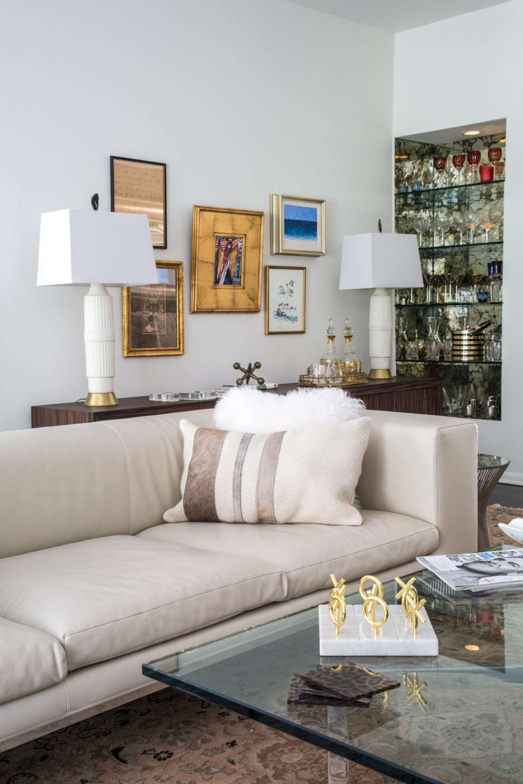 The Ultimate Decorators' Guide to Ideal Living Room Layout ...