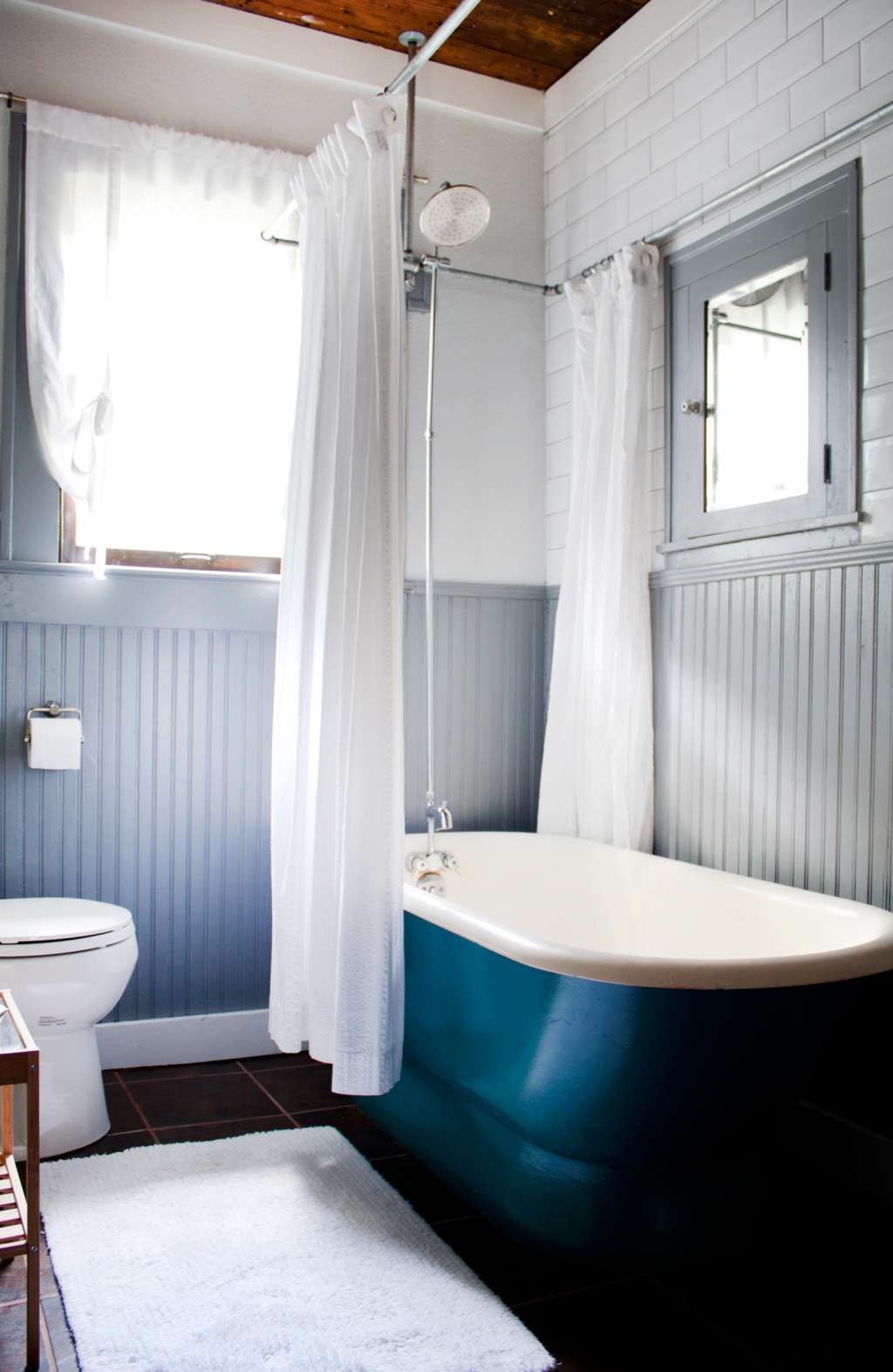 Easy Upgrade: The Best Wooden Bathmats