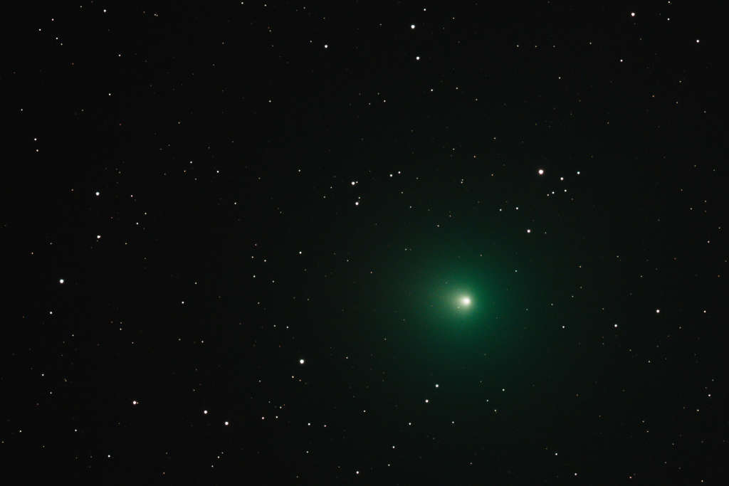 """A """"Christmas"""" Comet Is Tonight—Here's How To Watch From Home"""