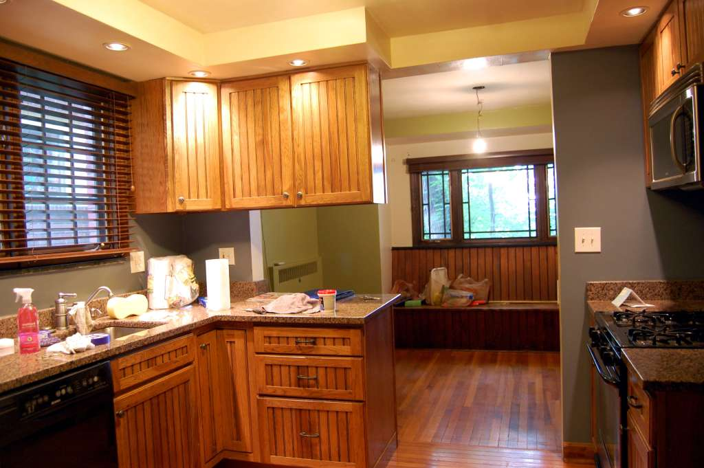 """The """"Just Isn't Me"""" $500 Kitchen Makeover"""