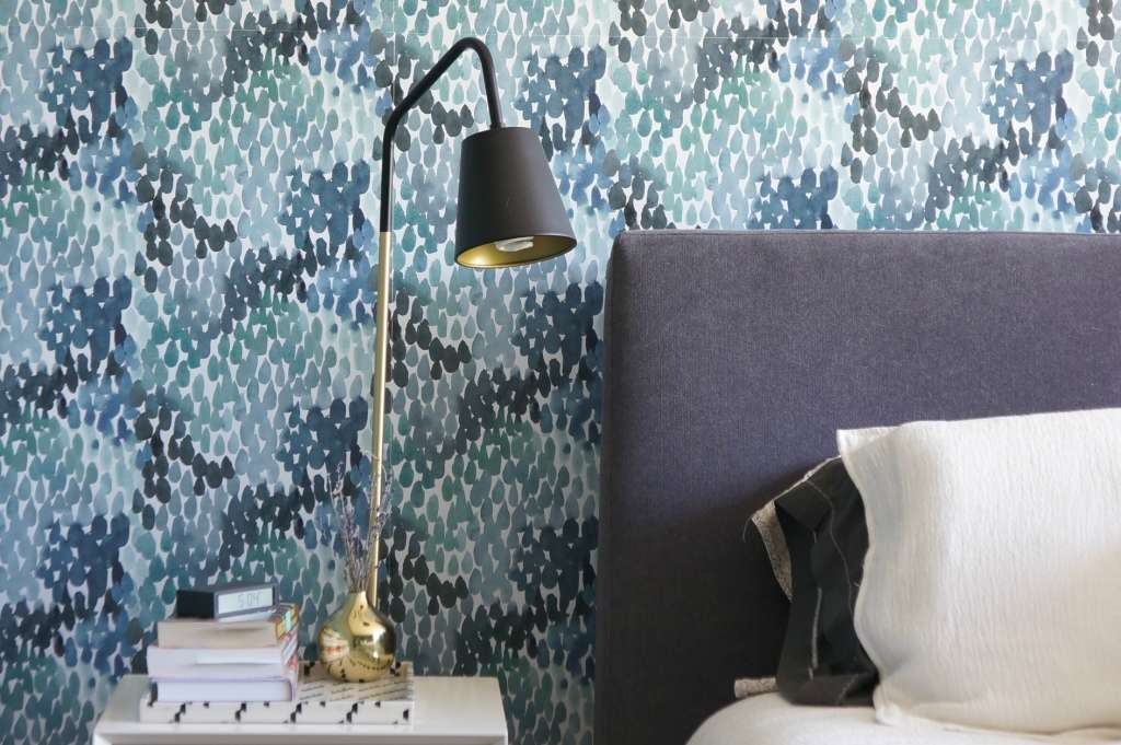 Bold Wallpaper in the Bedroom: 9 Inspirations