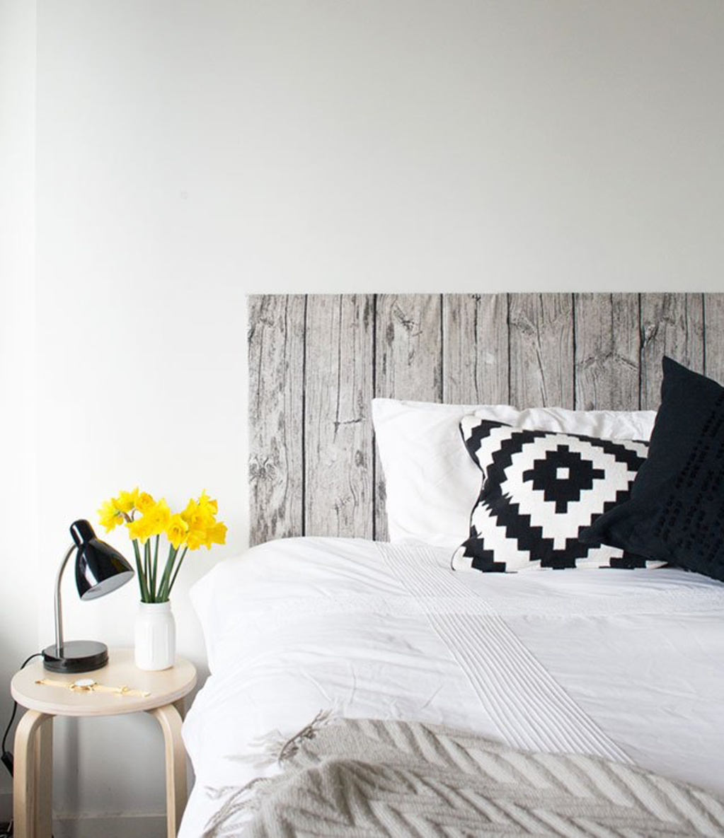 25 Clever DIY Projects for the Bedroom
