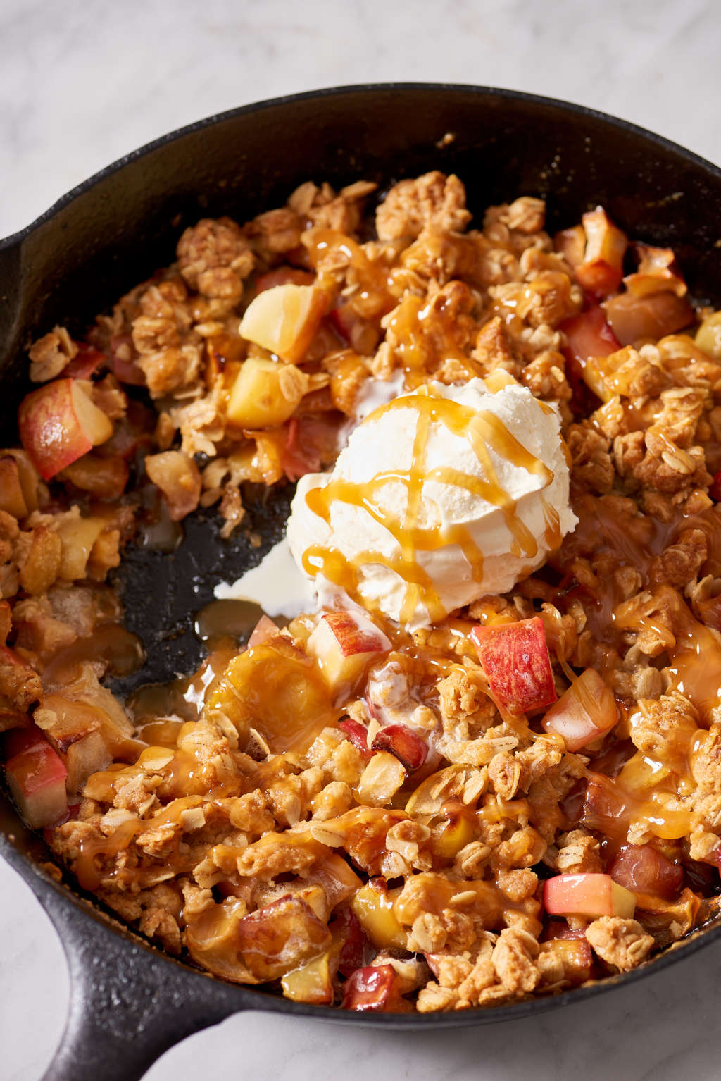 This Skillet Apple Crisp Is for Lazy Cooks