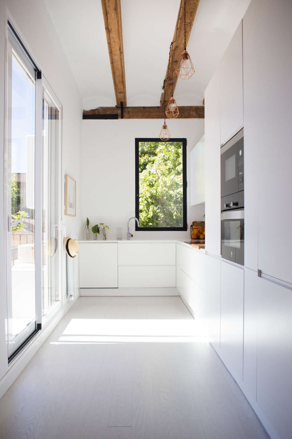 Minimal & Modern Kitchens That Don't Look Like Kitchens