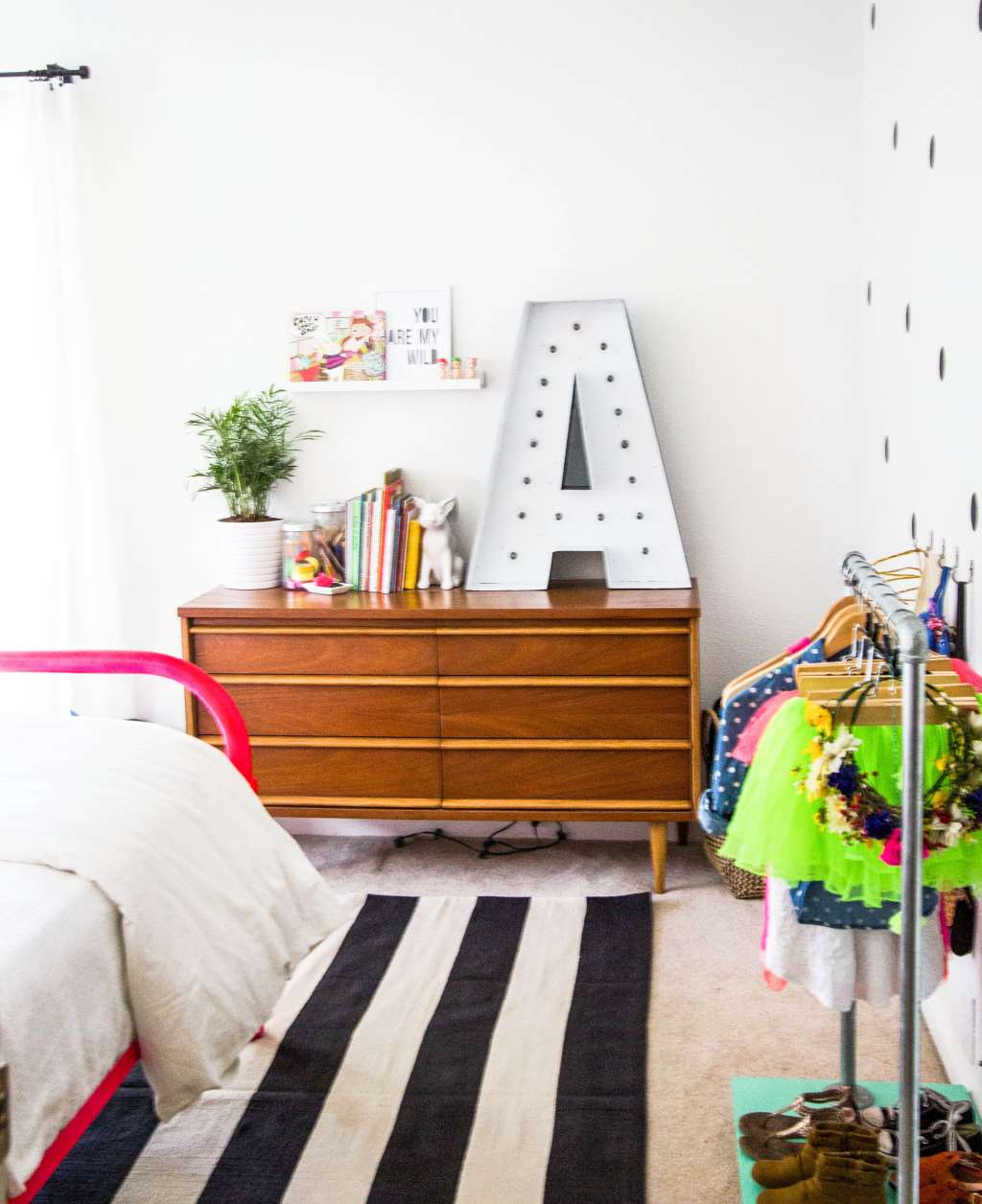 Why They Work 10 Of Our Favorite Colorful White Walled