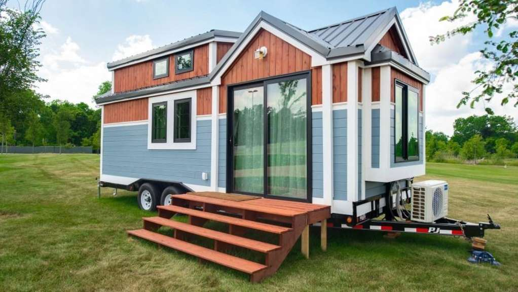 This 250 SF Tiny House Is Being Auctioned Off For Charity