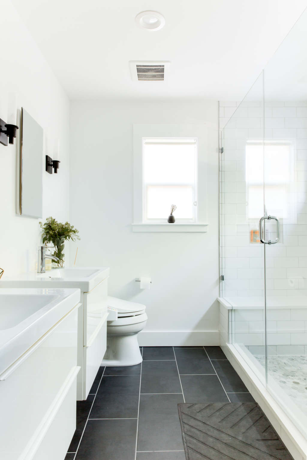 Bathroom Caulk - How Often Should You Replace? | Apartment Therapy