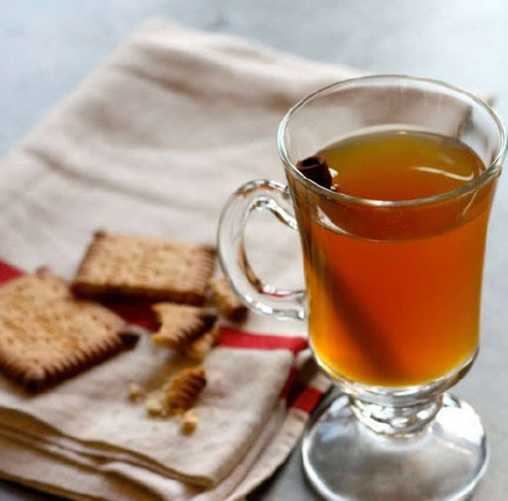 Apple Cider Alcoholic Drinks: 5 Non-Alcoholic Drinks For Fall