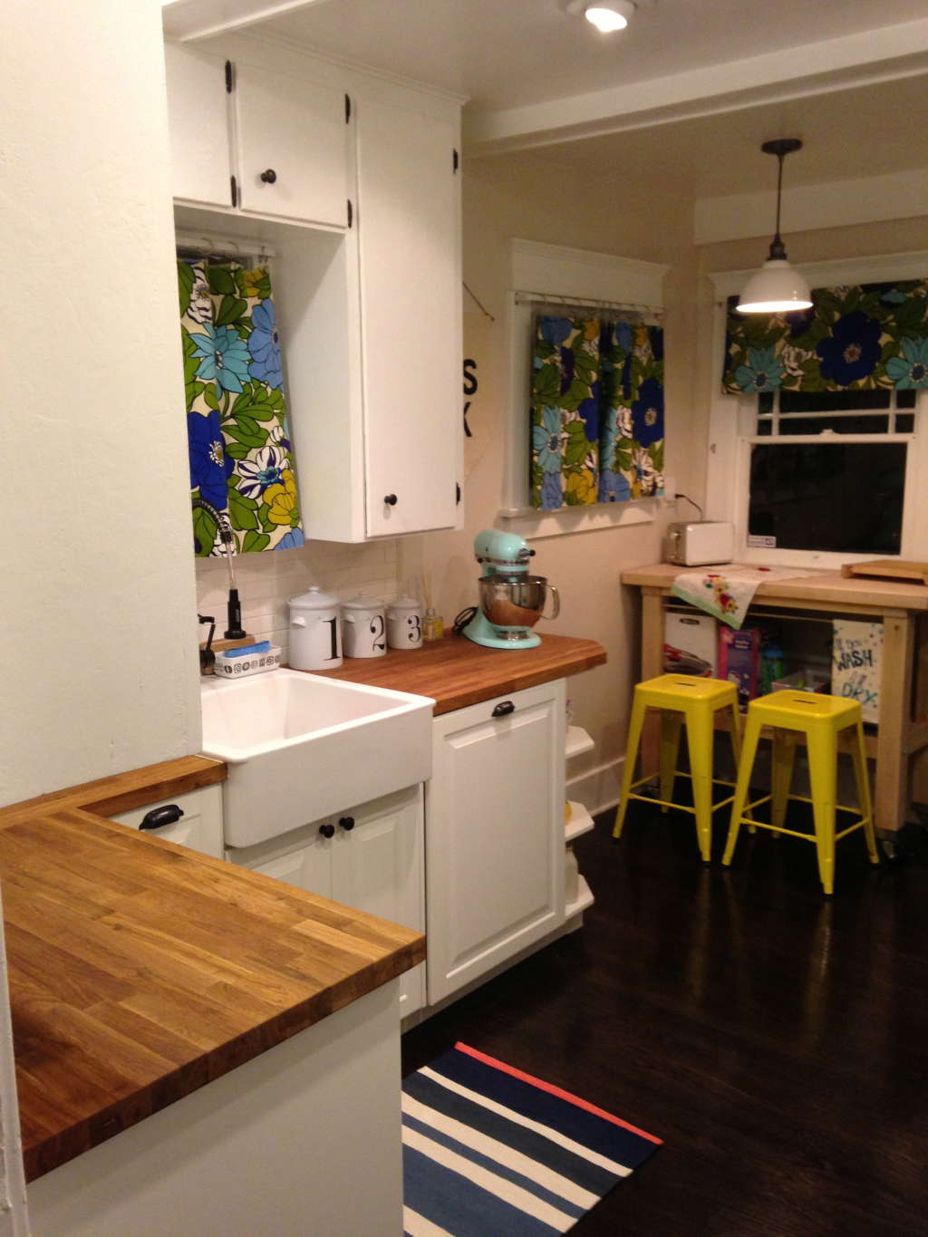 Cool Calm And Functional Kitchen: Elizabeth's Stylish, Functional Kitchen