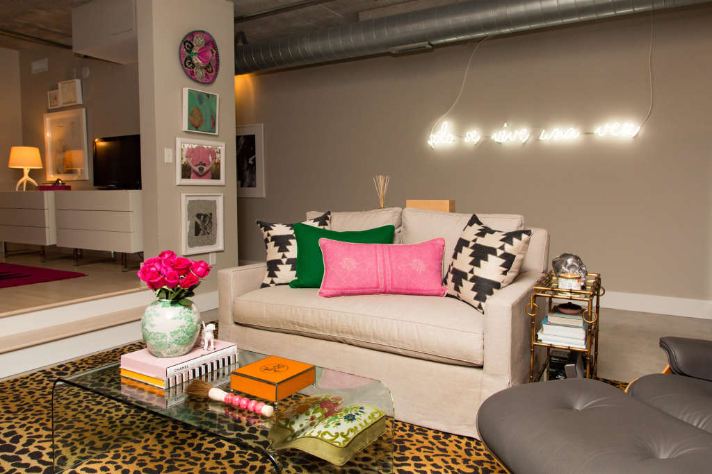 House Tour: A Bold Downtown Minneapolis Warehouse Loft | Apartment Therapy