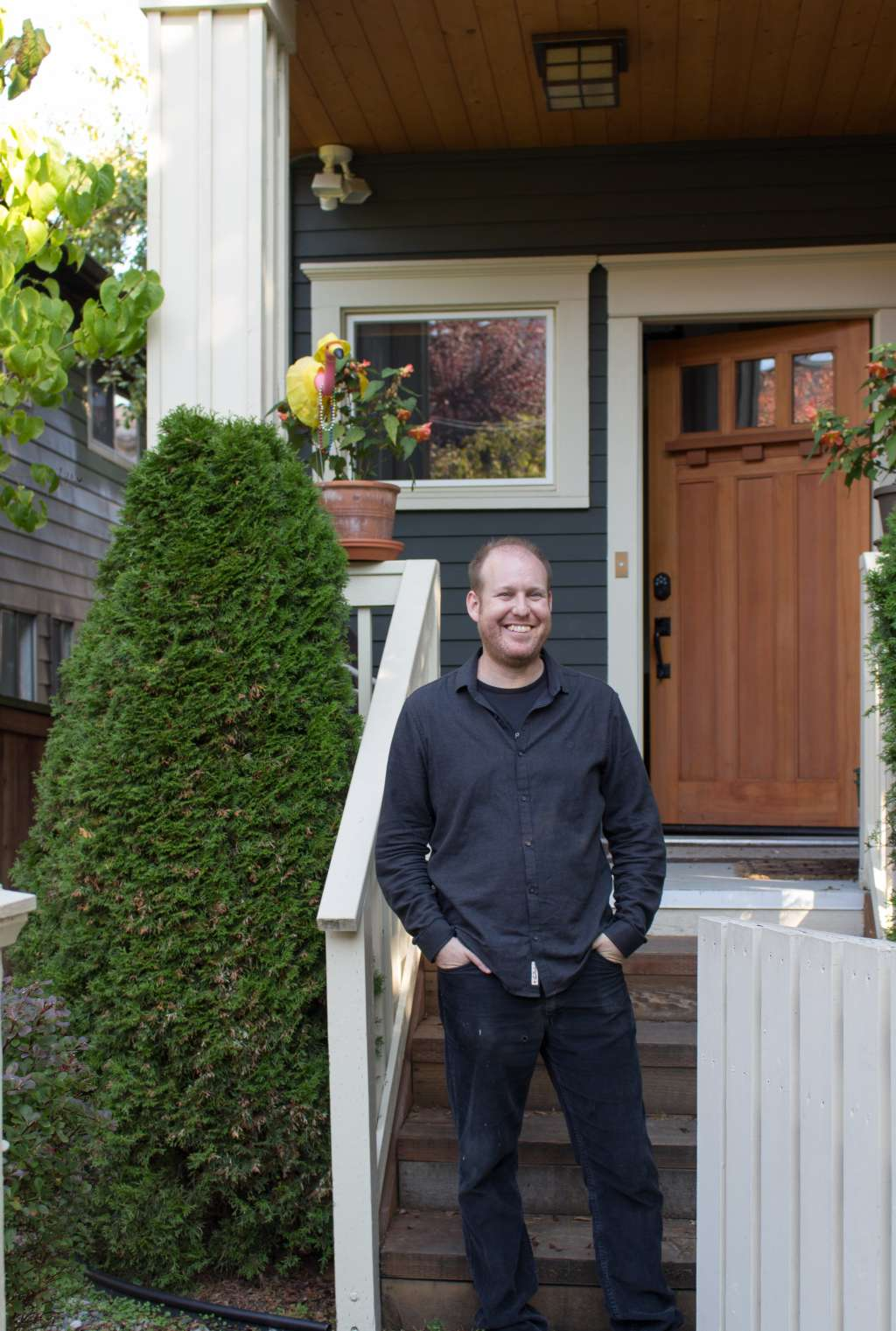 House Tour: A Colorful Craftsman House in Seattle