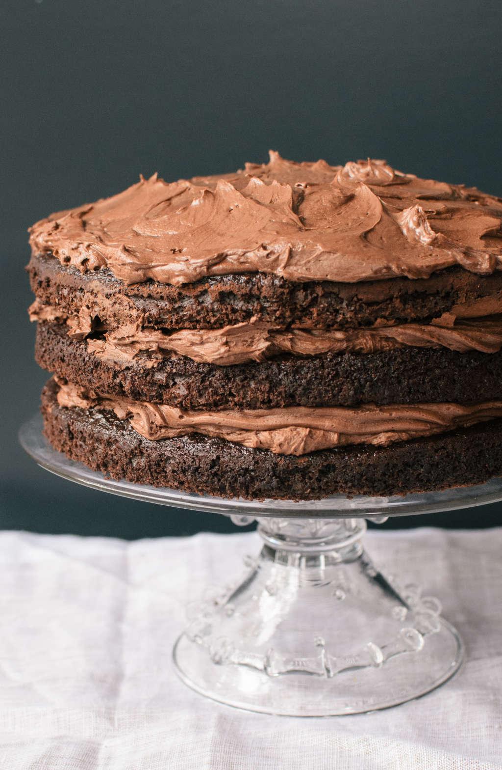 Be a Better Hostess: Always Make a Chocolate Cake