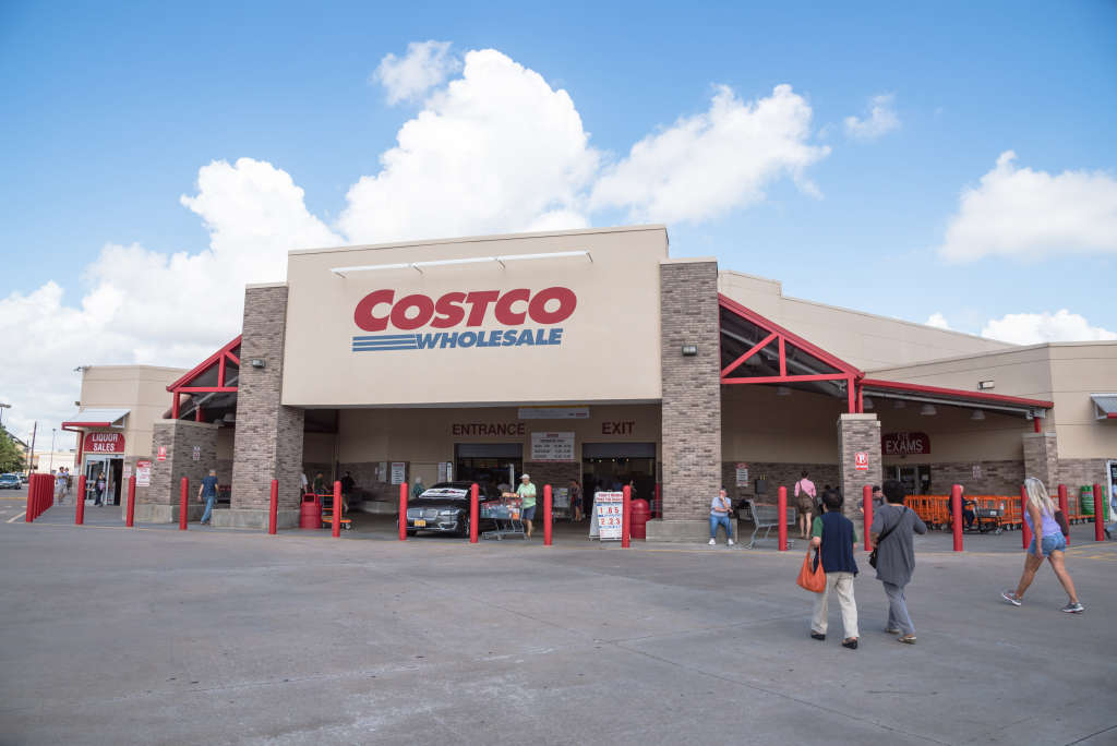 A Nutritionist's 10 Favorite $10 Finds from Costco