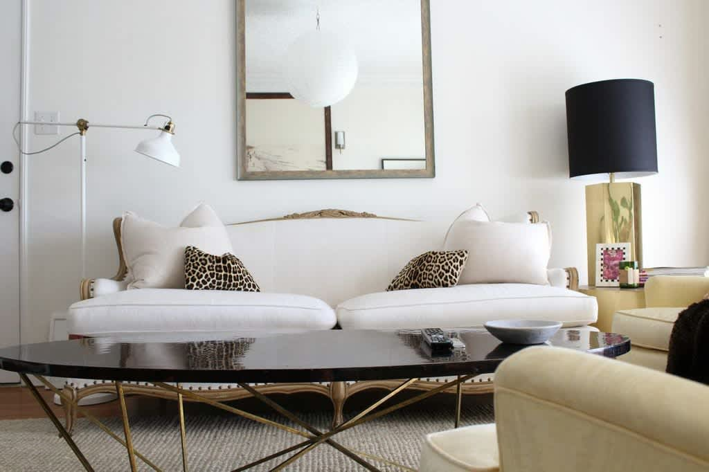 Baiyina's Eclectic Minimalism in Miracle Mile