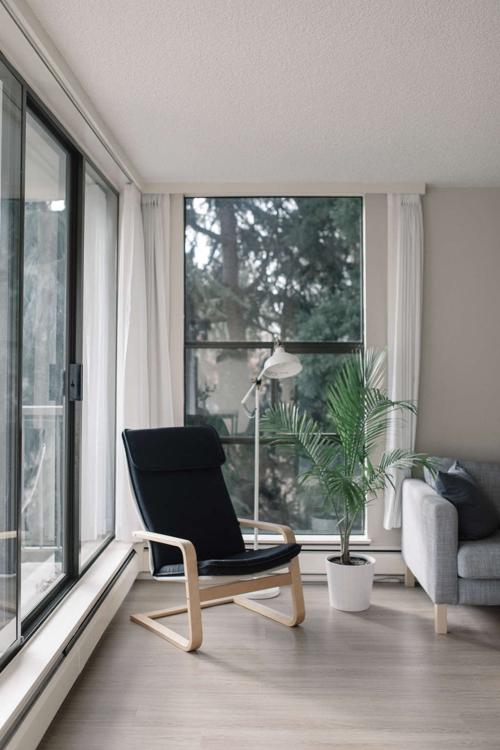 A scandinavian inspired small space in vancouver 9603a11b938d3bae4f08208846847a0d223a71d6 apartment therapy submissions