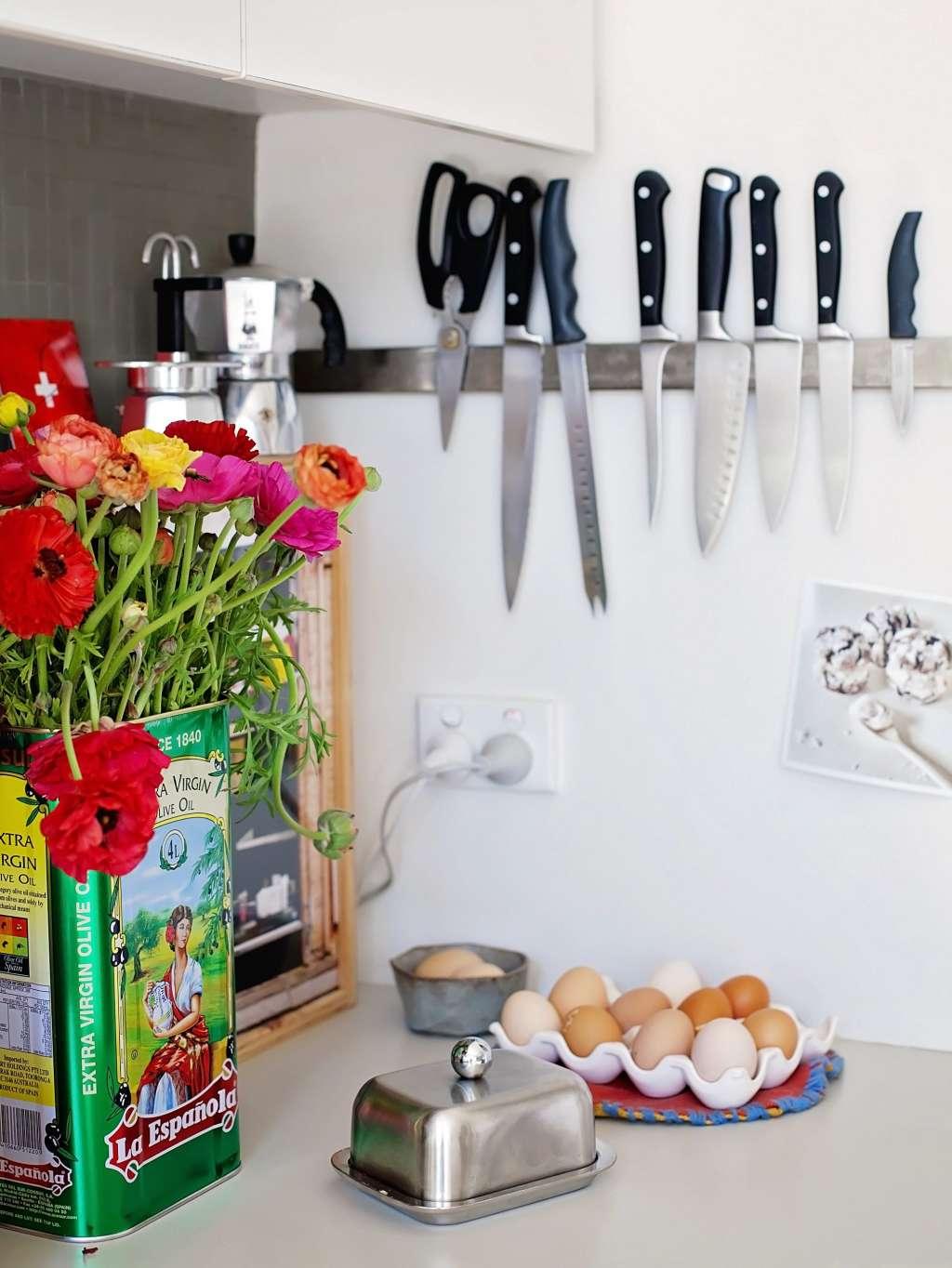Ideas to Add Storage to a Small Kitchen