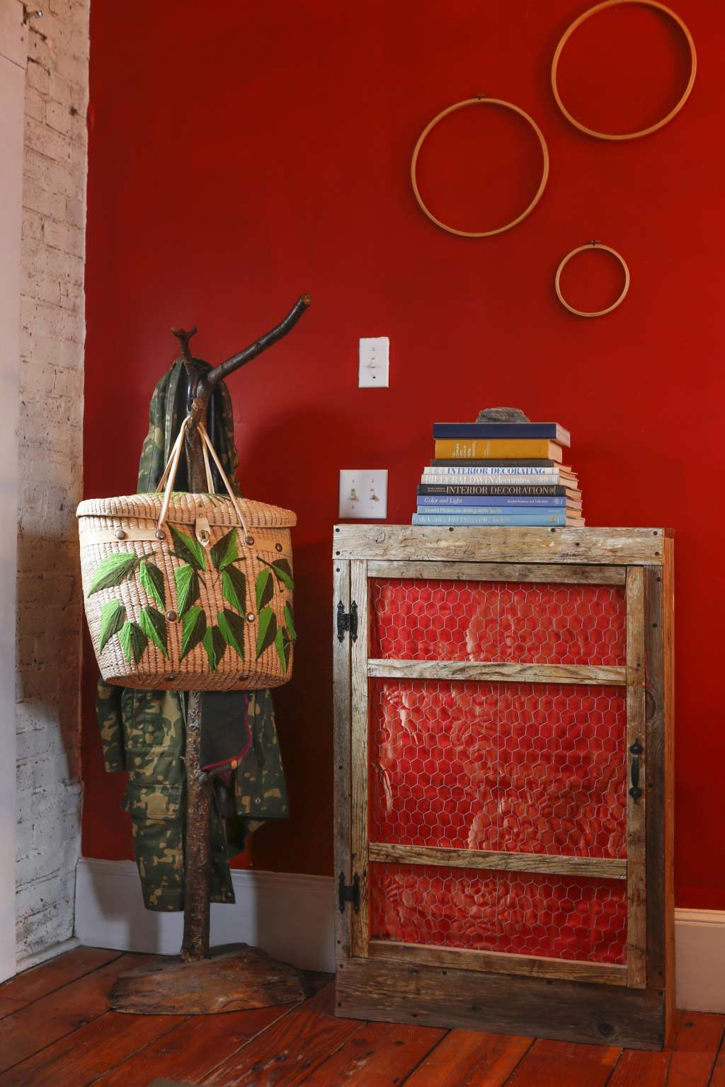 Show Your Colors: Our Favorite Red, White and Blue Interiors