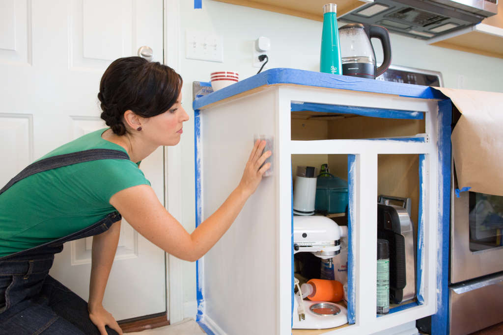 5 Things You Should Never Do When Painting Kitchen Cabinets