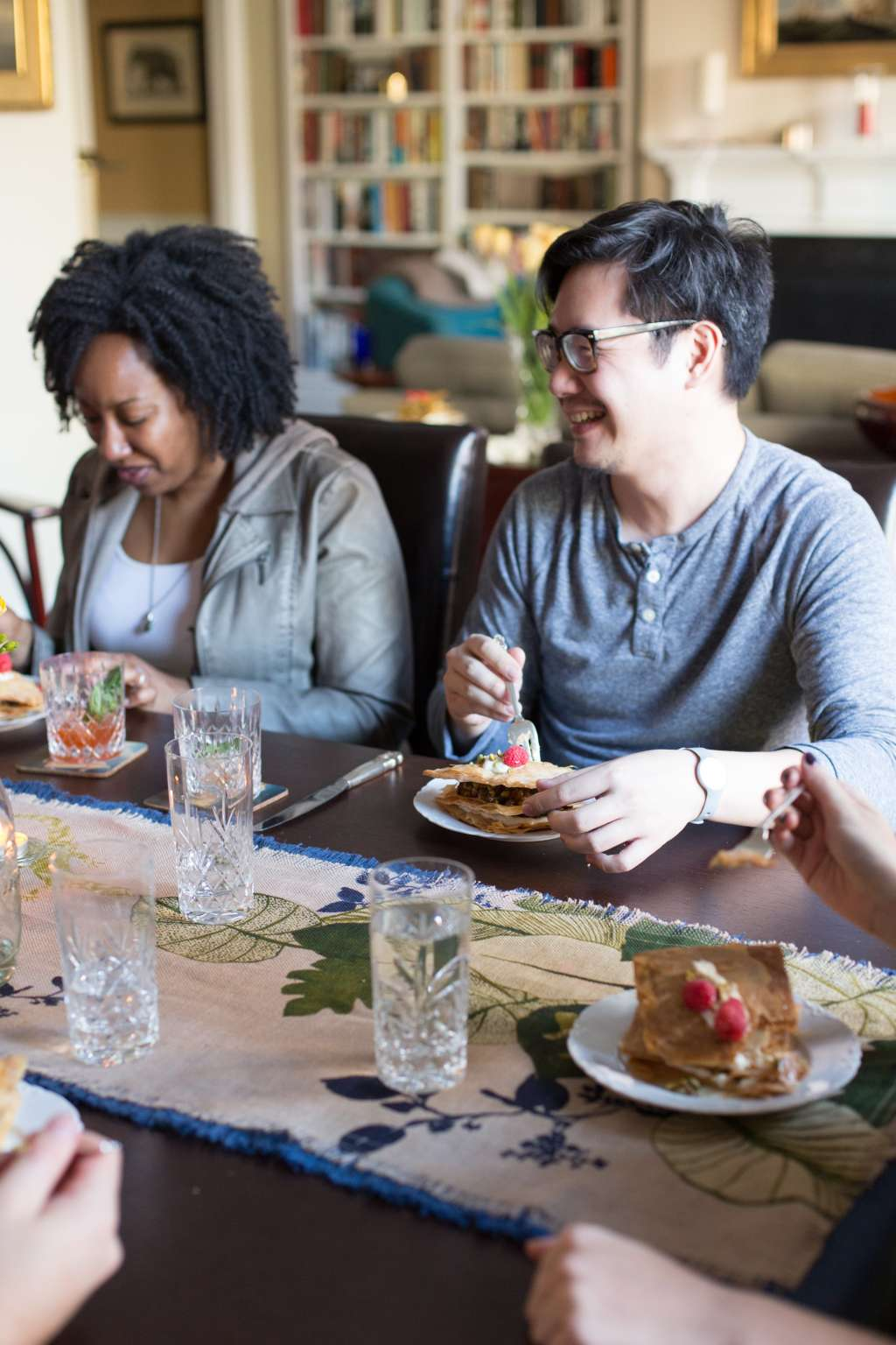 5 Rules for Hosting a Crappy Dinner Party