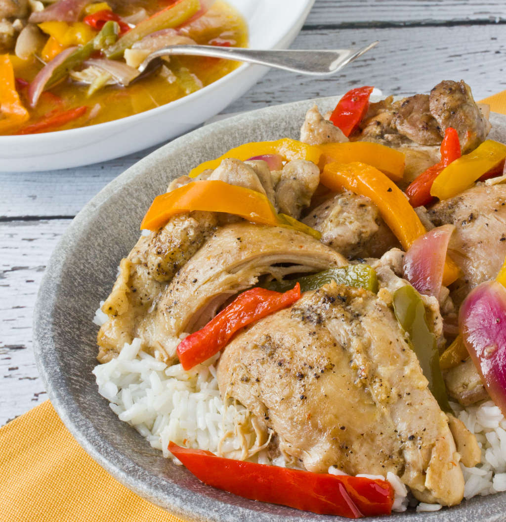 One-Pot Recipe: Braised Chicken Thighs with Bell Peppers and Onions