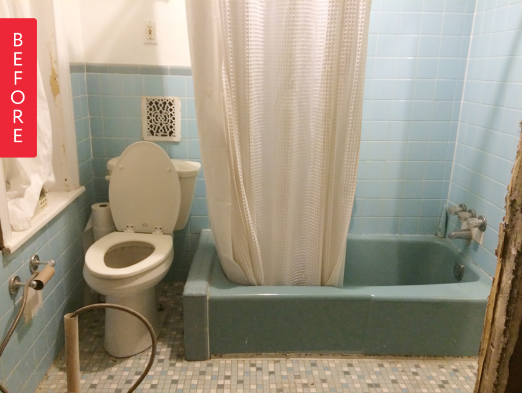 Before & After: A Baby Blue Bathroom Keeps Its Vintage Roots