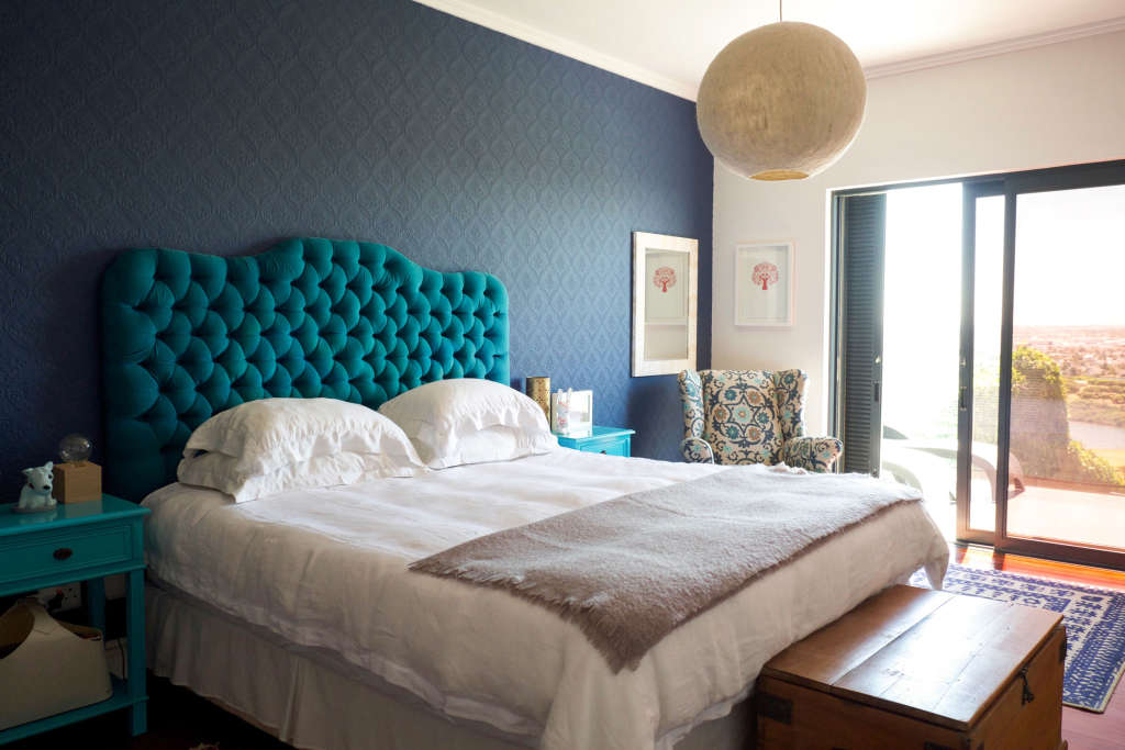 In Living Color: 5 Modern Ways to Decorate With Blue