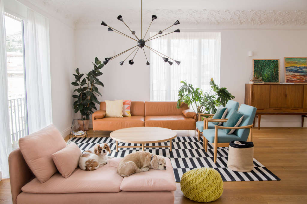 First-Time Home Buyers Tackle a 1950s Apartment's First Reno