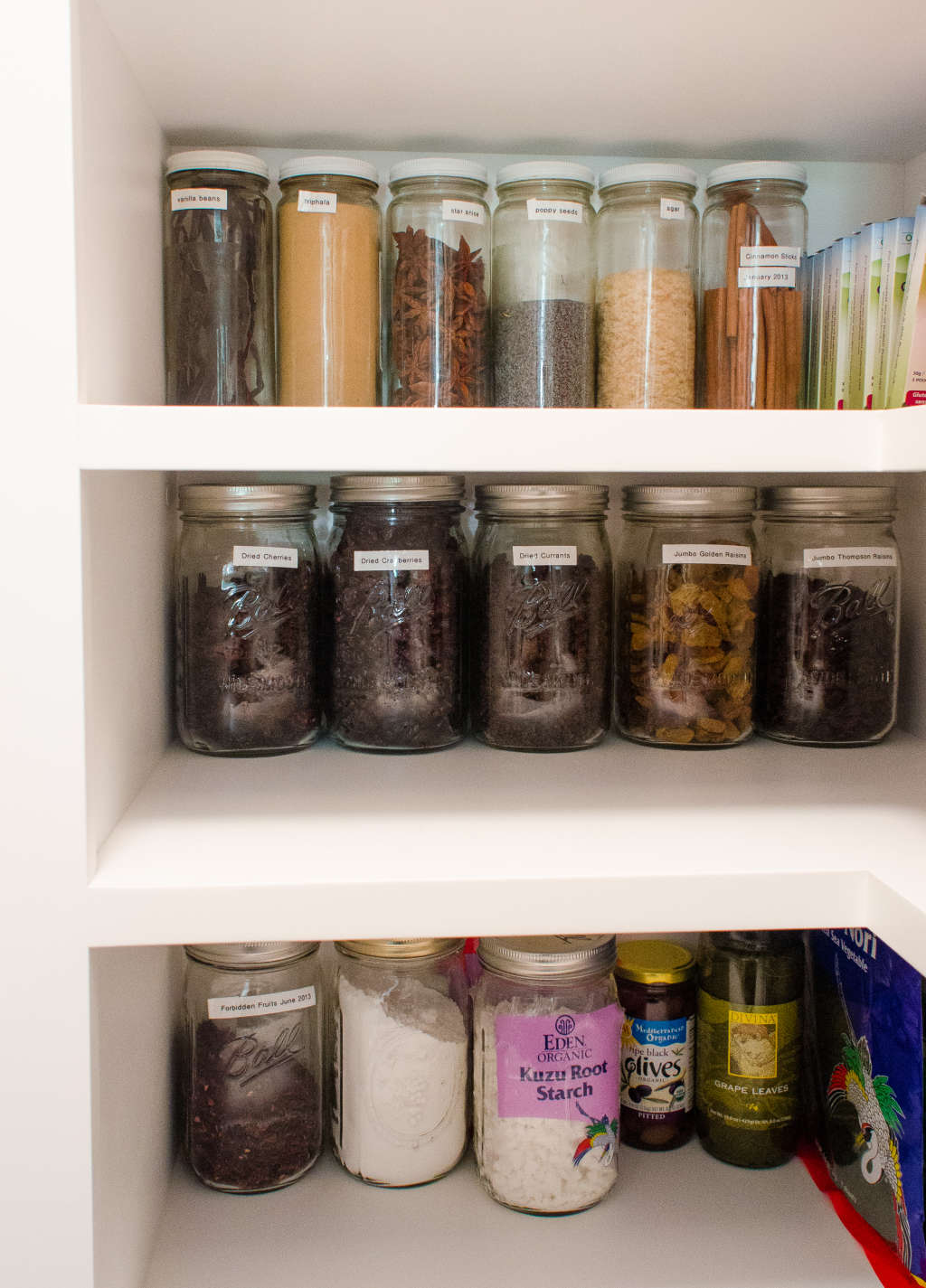 Which Pantry Items Should I Keep in Airtight Containers?