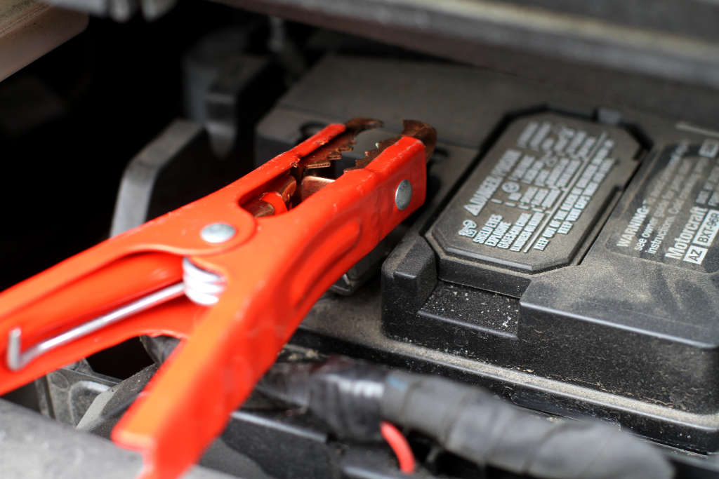 Dead Battery? How to Jump Start a Car Like a Pro
