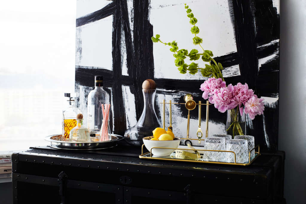 5 Simple Steps to a Perfectly Styled Bar