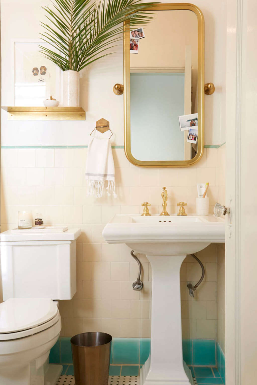 Bathroom Makeovers For Renters | Apartment Therapy