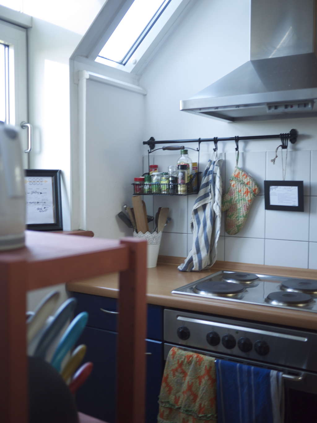 Create A Kitchen That S Cool Calm And Functional: Lauren's Tiny Yet Airy Kitchen
