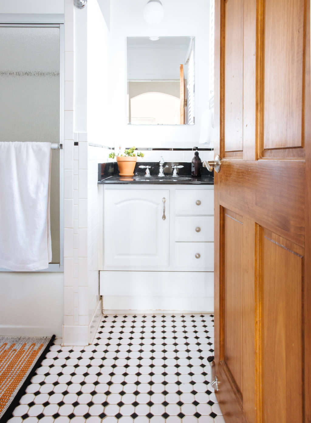 5 Bathroom Features That Are Falling Out of Favor