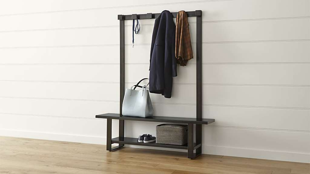 The Do-Everything Piece to Make the Most of Your Entryway