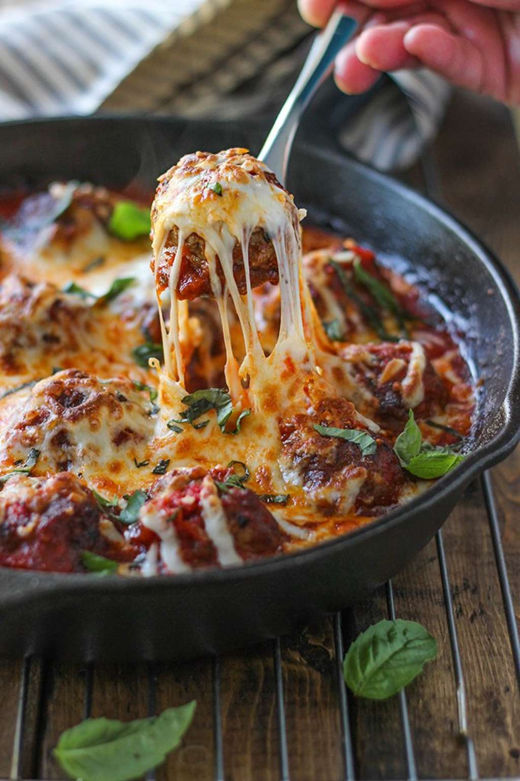 This Meatball Skillet Recipe Is All About The Cheesy