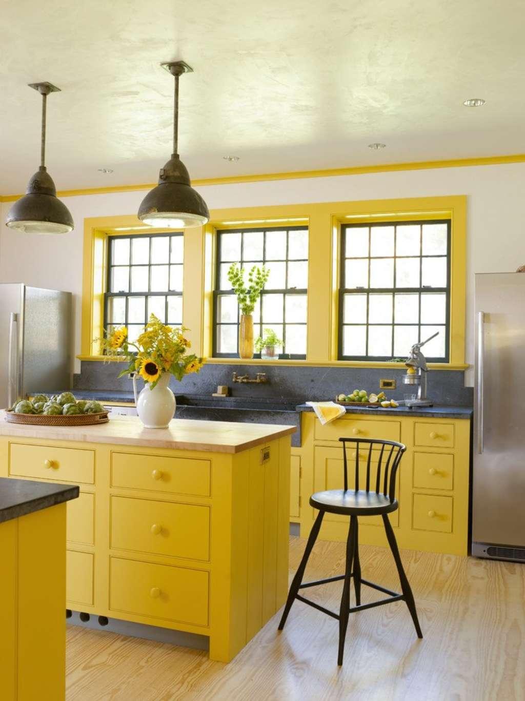 10 Bright, Cheery Yellow Kitchens | Kitchn