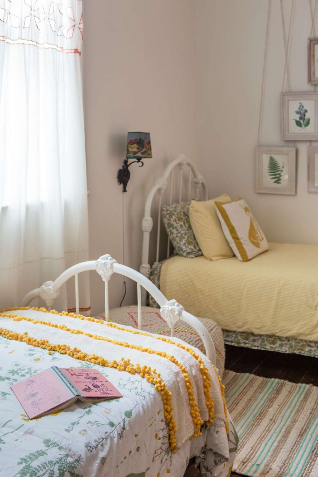 Design Ideas: Rooms with Two Twin Beds